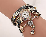 Часы-браслет на длинном ремешке