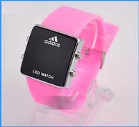 Часы с розовым ремешком Adidas