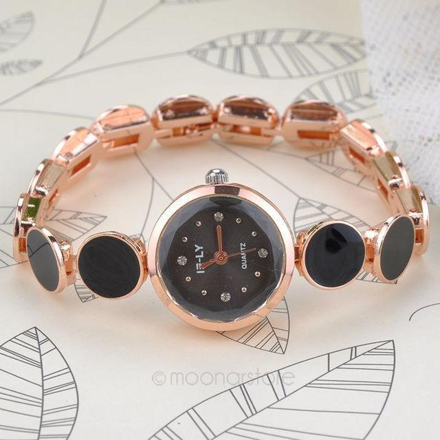 Женские кварцевые часы черные