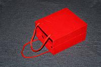 Подарочная бархатная коробочка для часов.