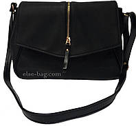 Черная женская сумка с змейкой спереди