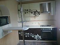 Кухня на заказ из лакобеля с рисунком
