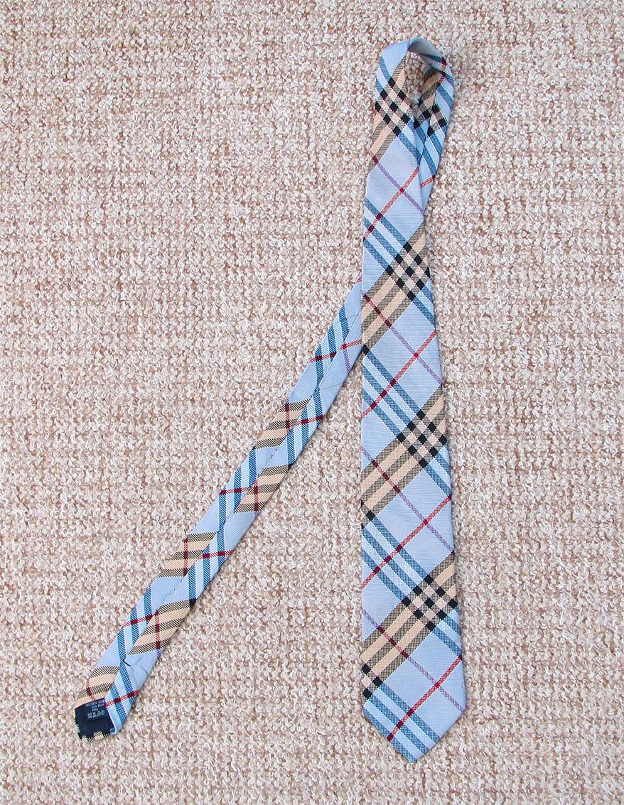 BURBERRY галстук Шёлк ОРИГИНАЛ Made in Italy - VOVALAV - брендовая одежда и обувь  в Полтаве ca24f316ee9