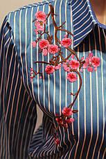 """Женские рубашки полоска с вышивкой """"Сакура"""" оптом VSA светло-голубой, фото 2"""