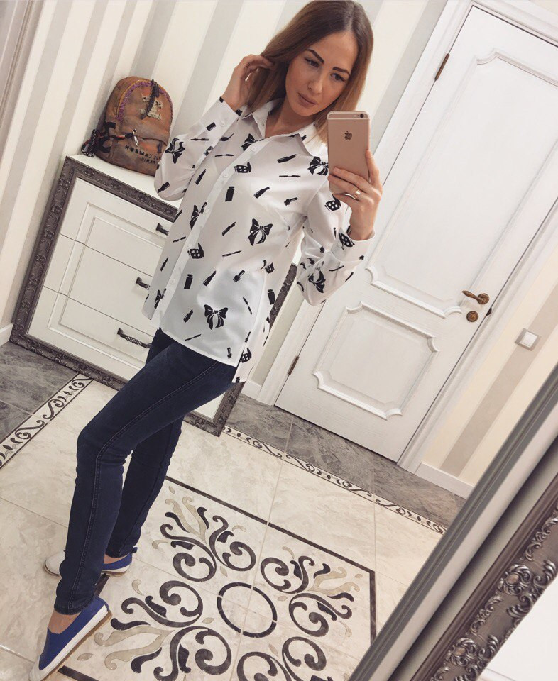 Стильная женская рубашка