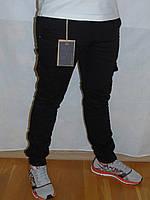Джинсы молодежные Ястреб с манжетом и карманами черные