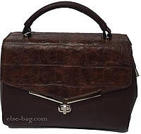 ;женская сумка-барсетка на замочке