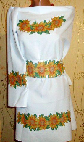 Вышивка бисером детского платья