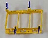 Рамка для монтажа в гипсокартон ( три  двойных розетки)