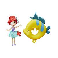 Hasbro  DPR Маленькая кукла принцесса Ариэль, плавающая на круге