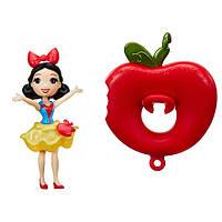 Hasbro  DPR Маленькая кукла принцесса Белоснежка, плавающая на круге