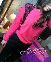 Красивая малиновая  шифоновая блузка с черным кружевом. Арт-2003/82
