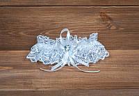 Подвязка на ногу невесты белая