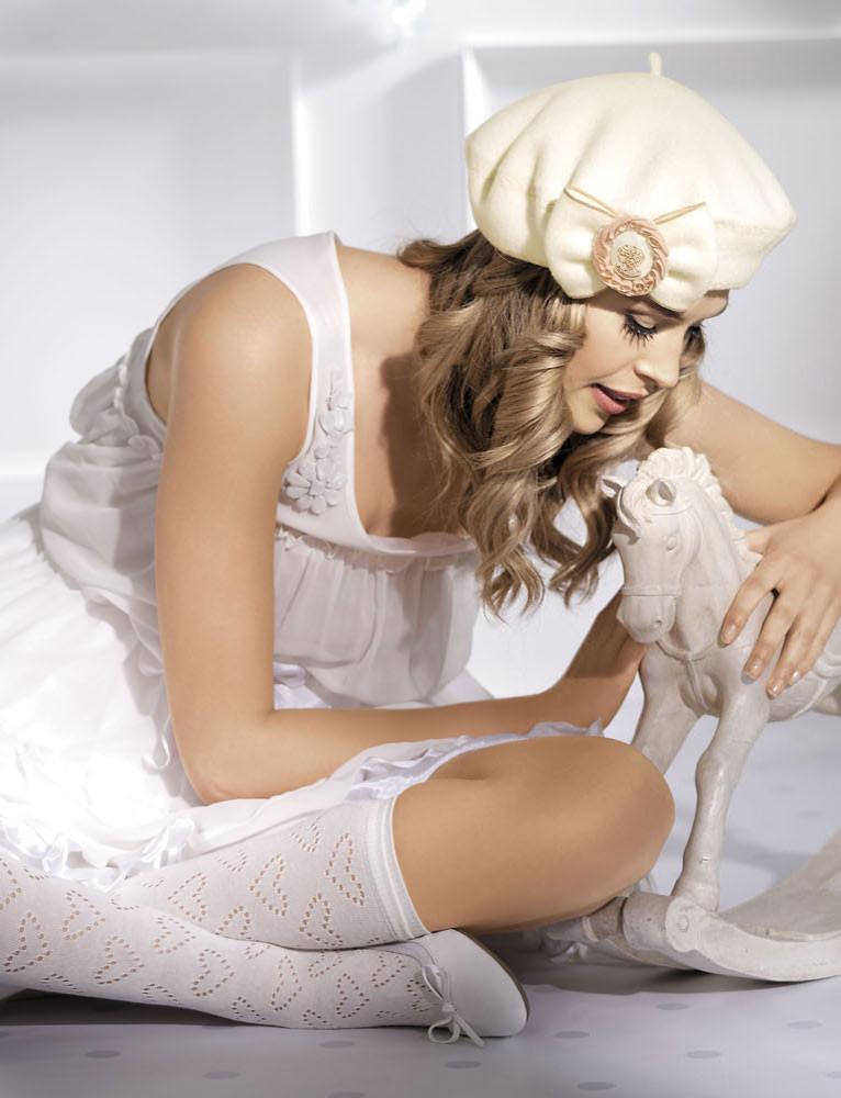 Женский беретик с украшением  Pritty  от Willi Польша