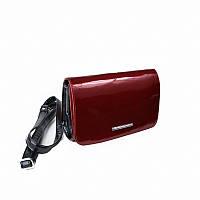 Красная лаковая сумка-клатч через плечо женская
