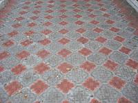 Вібролита тротуарна плитка чи дарма закопані в землю гроші