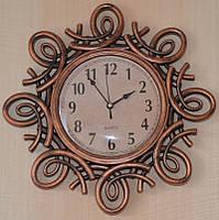 Старинные настенные часы (30х30х4 см.)