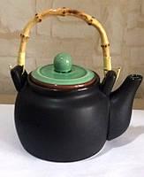 Чайник черный с зеленой крышкой