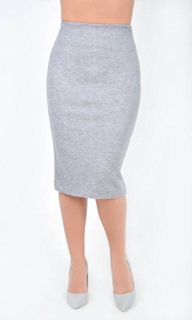 Приталенная женская юбка сзади с молнией по всей длине