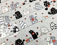 """Лоскут ткани №600а   """"Мартовские коты"""" серо-чёрные с красным сердечком на сером фоне"""