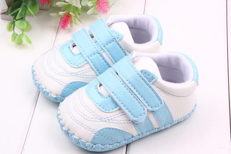 Детские кроссовки-пинетки.Туфли для мальчика.Пинетки.