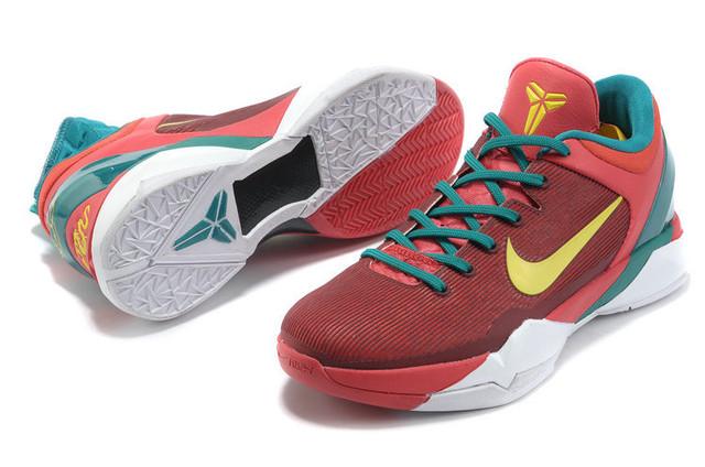Баскетбольные кроссовки Nike Kobe 7