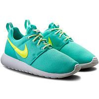 Женские кроссовки Nike Roshe One