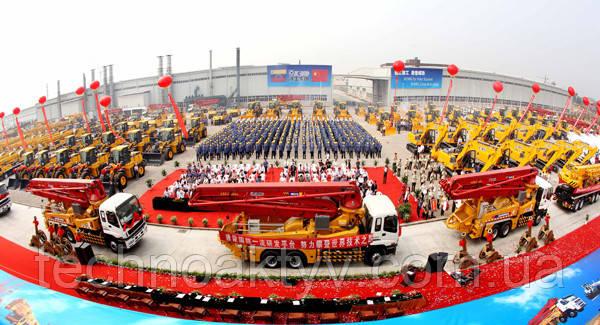 <p>XCMG стала первой компанией в отрасли, чьи доходы превысили отметку 100 млрд. юаней.</p>