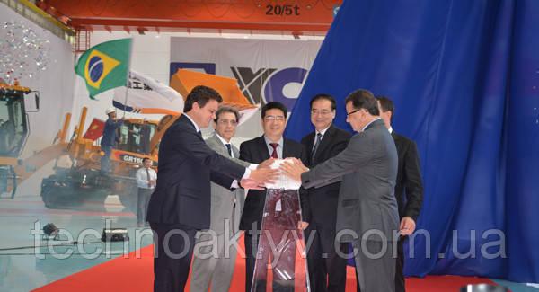 <p>В 2014 году в Бразилии введена в эксплуатацию первое зарубежное производственное предприятие XCMG.</p>