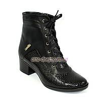 """Женские демисезонные ботинки из натуральной кожи, с лаковой вставкой с тиснением """"питон"""", на шнуровке"""