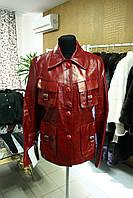 Кожаная красная удлиненная куртка