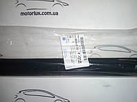 Молдинг стекла двери Авео 3, Вида БАРХОТКА задний левый (GM) наружный