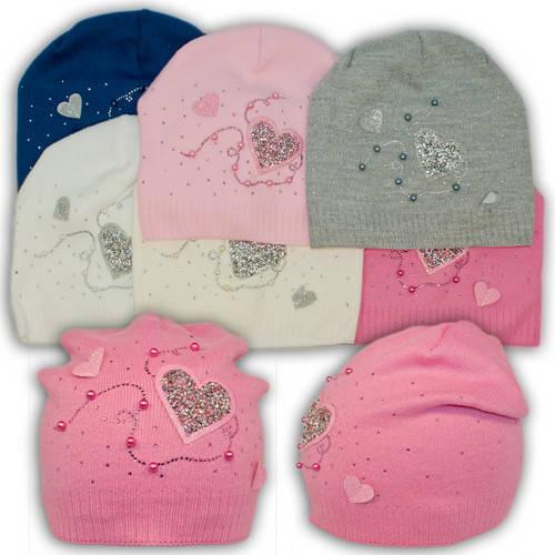 Вязаная шапка с сердечками, для девочки, B37