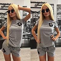 """Женский стильный костюм """"Chanel"""" с брошкой: футболка,шорты + (Большие размеры) 50"""