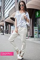 Женский стильный костюм: футболка и брюки, фото 1