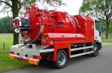 Каналопромывочная машина 150 bar - 85l/min COMBI 4500 литр 12-14 тонн