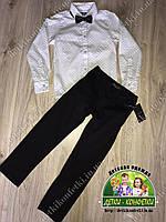 Праздничный костюм: белая рубашка, черные брюки