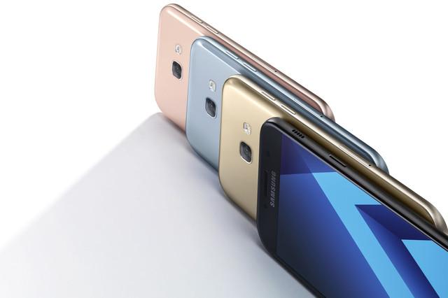 Доступные цвета моделей Samsung A3 A5 A7 2017