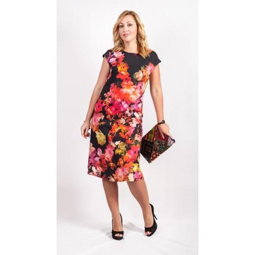 Черное летнее платье с ярким цветочным рисунком