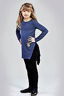 Асимметричная детская трикотажная туника для девочки украшена оборкой из фатина синяя