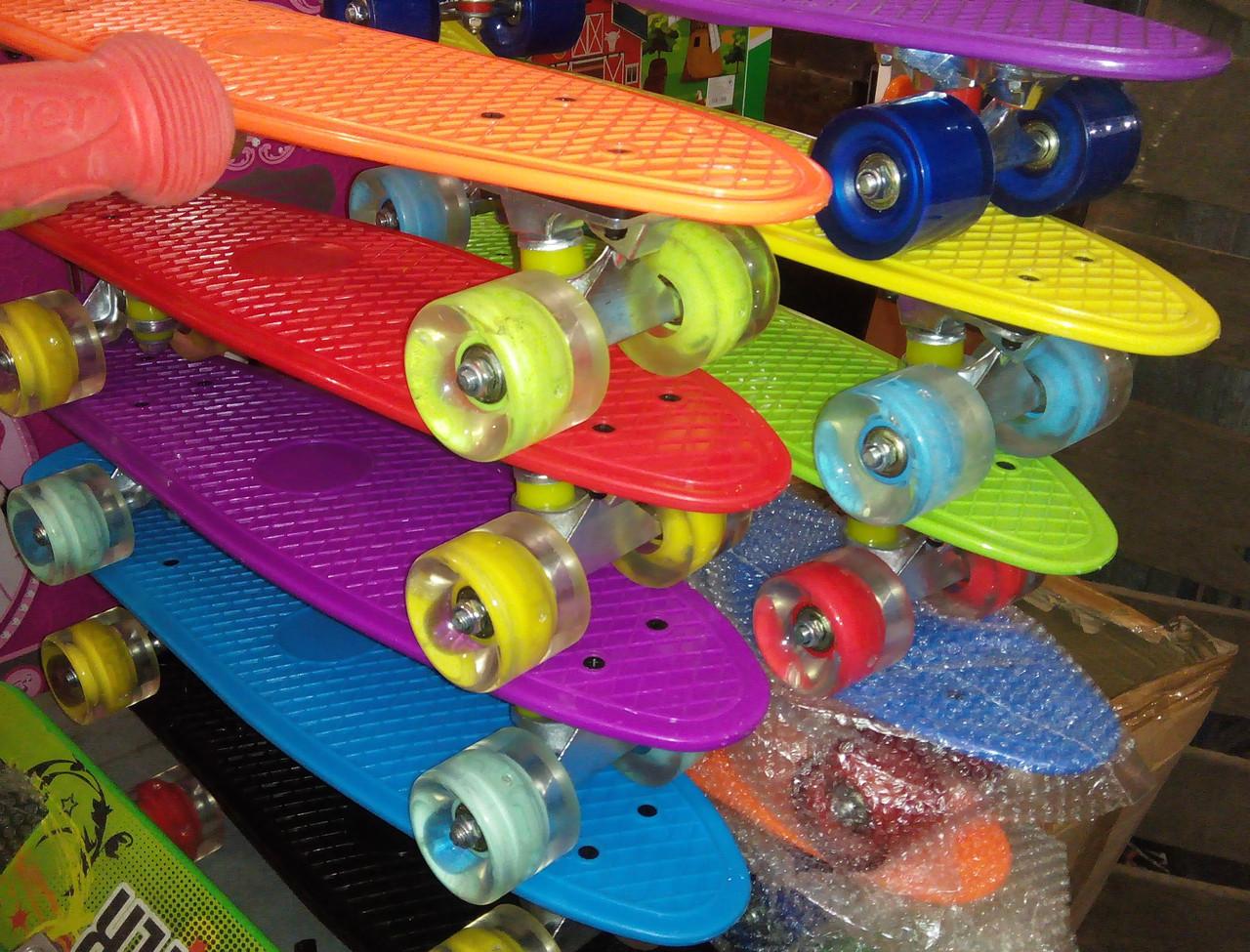 Penny Board со светящими колесами