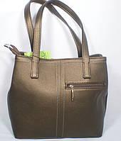 Стильная женская вместительная сумка золотистого цвета