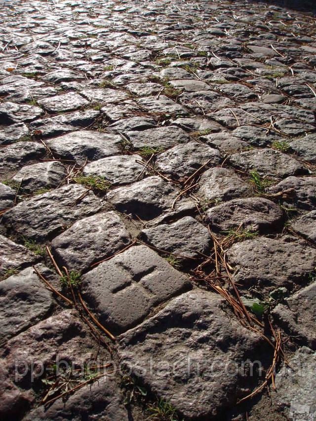 Цікаво історія виникнення тротуарної плитки
