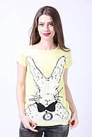 Женская летняя футболка в желтом цвете
