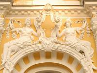 Особенности декорирования зданий гипсовой лепниной