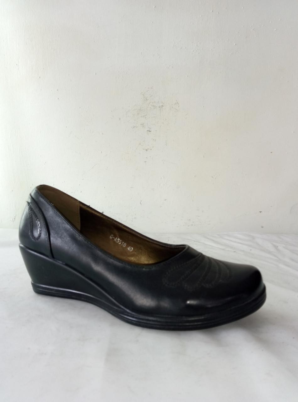 Туфли женские FAFALA