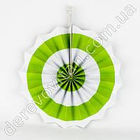 Подвесной веер, бело-салатовый, 40 см - бумажный декор-розетка