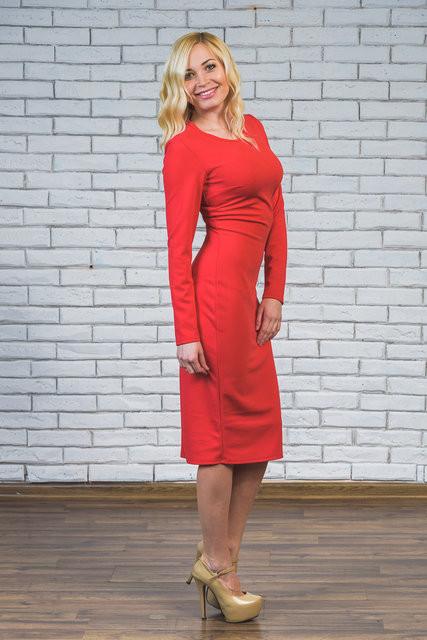 Платье женское футляр красное