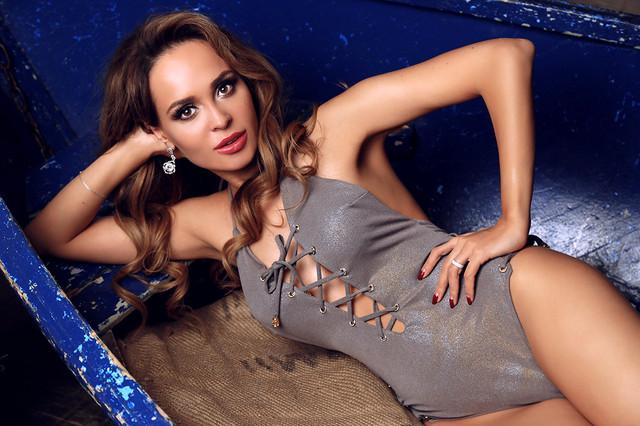 Сдельный купальник Lisa от Empire Of Summer. Купить на qvant.com.ua, померить в шоу-рум на Театральной 0936562422