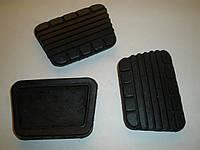 Накладка педали сцепления и тормоза ГАЗ 24, 2410, 3102, 31029 (24-3504048, пр-во Балаково)